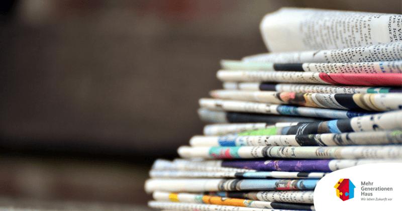 Stapel mit Zeitungen © Pixabay