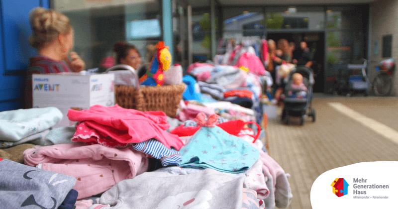 Kinderkleider-Spielzeugbörse